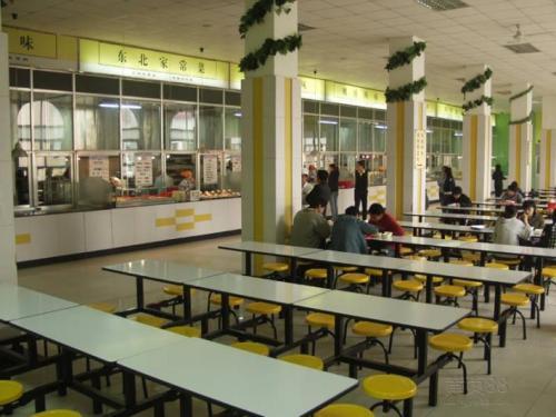 浅聊下广州工厂食堂承包的注意事项